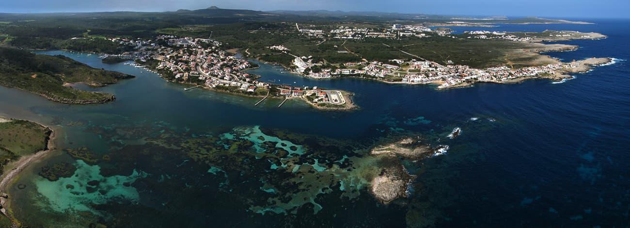 Coves Noves Menorca entorno